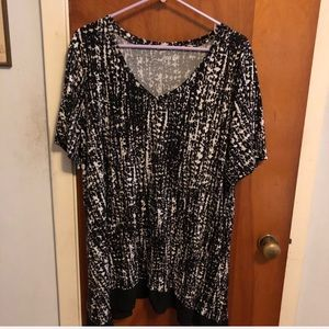 Apt 9 flowy tunic top